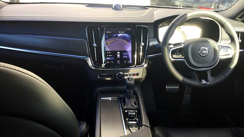 Volvo S90 D4 R-Design Pro Automatic Panoramic Roof, Bower & Wilkins Sound, 21' Alloys